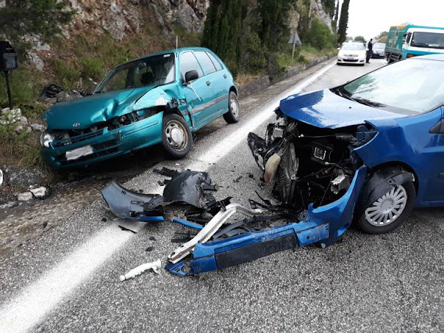 Τροχαίο ατύχημα με τραυματισμούς, πριν λίγο στην Ηγουμενίτσα (+ 3 ΦΩΤΟ)