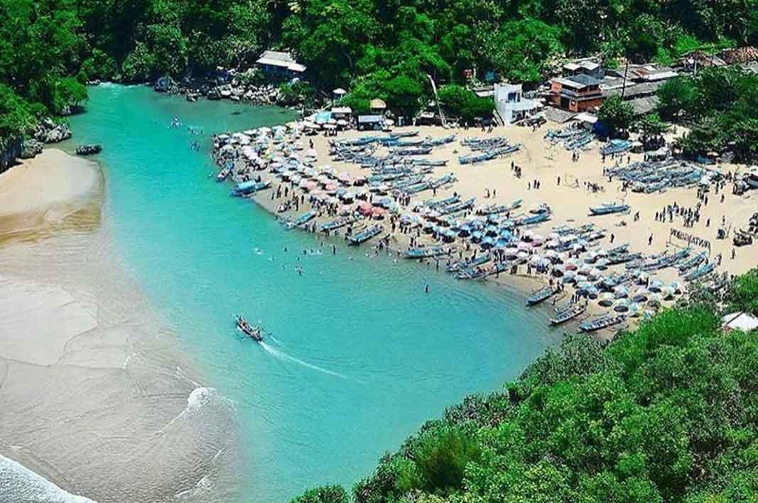 Pantai Baron Gunung Kidul Jogja