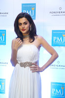 taapsee pannu launches forevermark diamond collection 22.jpg