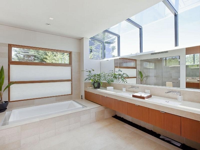 Photo of bath room with bath tub