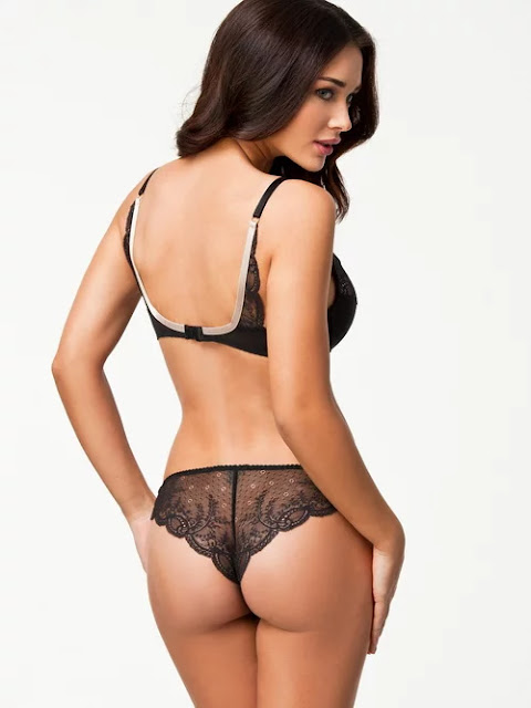 0f51b523434b34100a90a313c1202c5e - Best 40 Lingrie(Bikini) Images Of Amy Jackson Sexy Photos Of British Model I & Enthiran Actress Showed Everything For Modeling in UK Before Entering into the Indian Film Industry