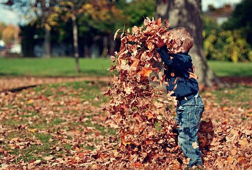 Τα-παιδιά-χρειάζονται-ήλιο-χώμα-και-νερό-για-να-μεγαλώσουν!