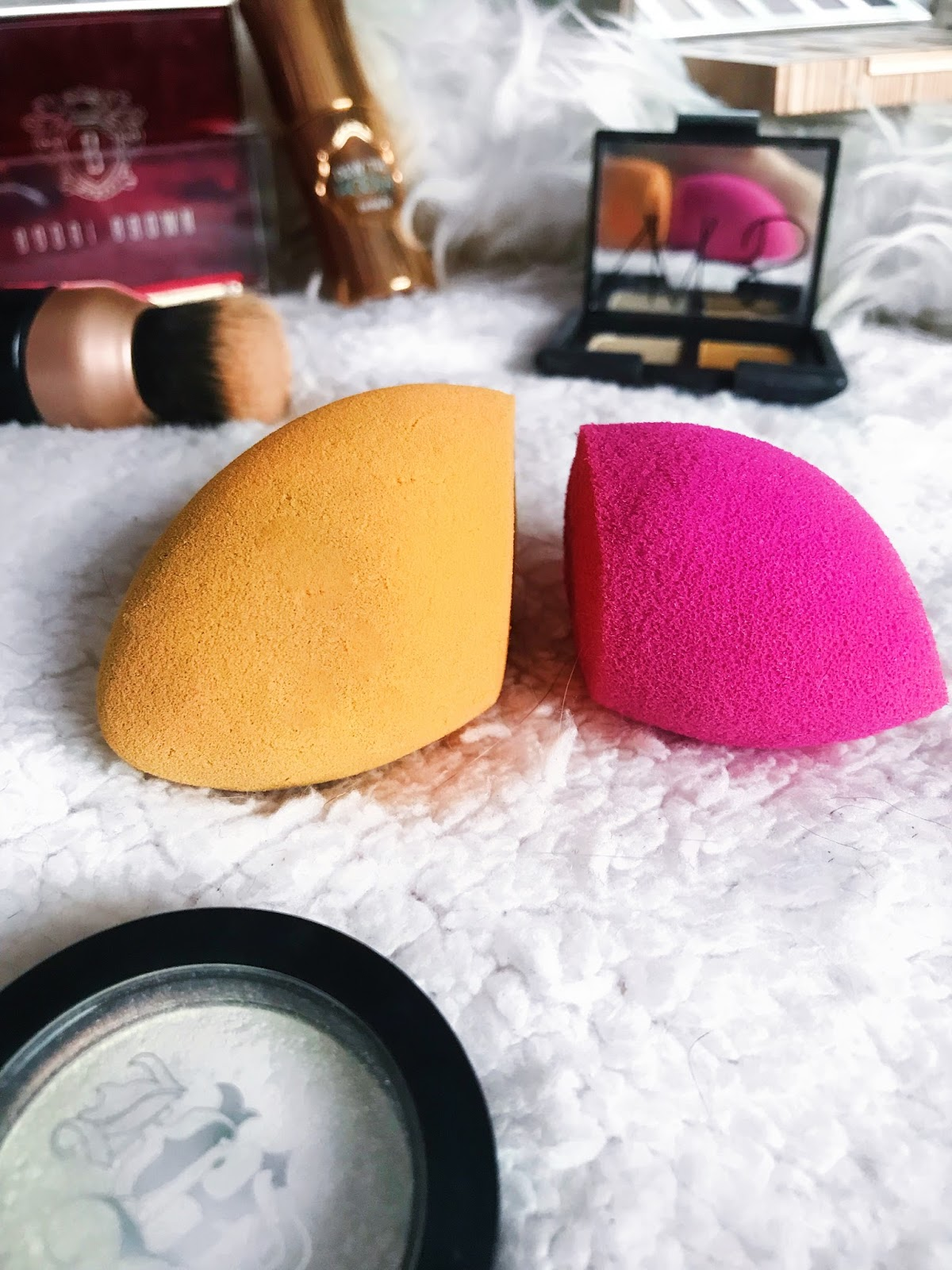A Sponge for Highlighter and Bronzer Application?!