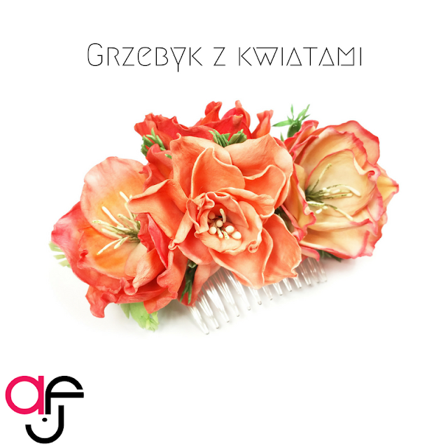 Grzebyk z kwiatami