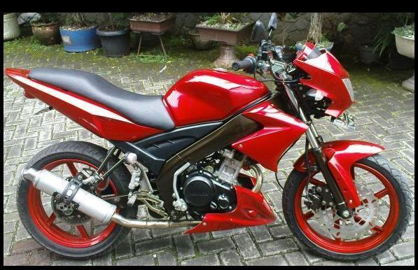 16 Foto Modifikasi Motor Yamaha Vixion 2013