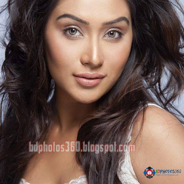 Zakia Bari Momo Top10 Hot HD Wallpapers