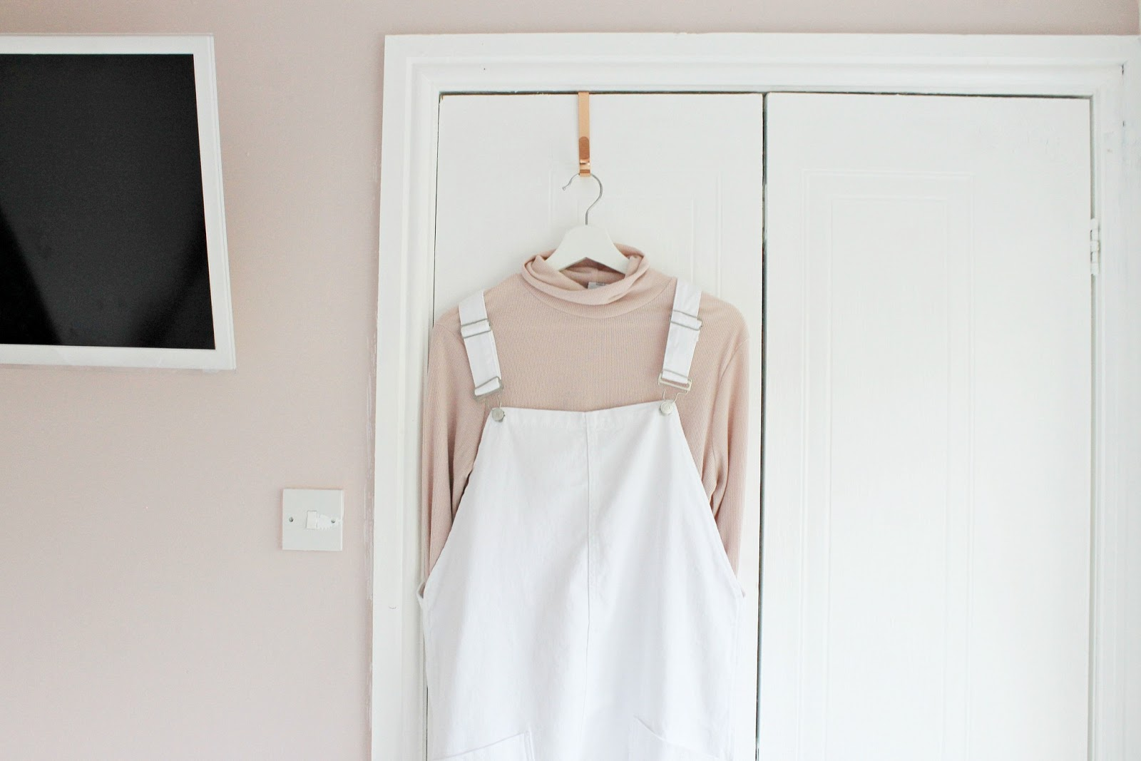 Blog fashion haul, Disney Marie collection, Yankee candle, River Island and New Look