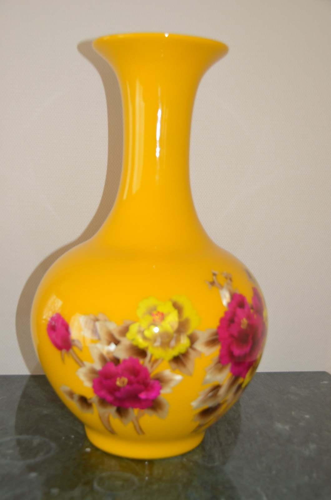 Belle Chose Show Pieces Candle Holders Flower Vases Tissue Boxes Amp More