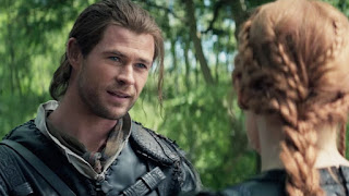 Screenshot The Huntsman Winter's War (2016) BluRay 360p Subtitle Indonesia