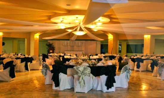 Ballroom Area of Villamor Golf Club