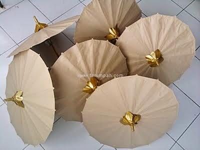 Payung kertas polos