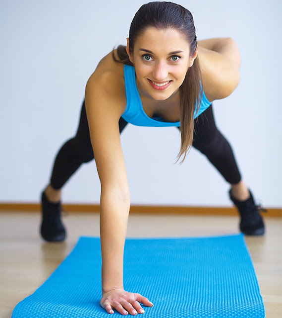 10 Best Core Strengthening Exercises For Women At Home