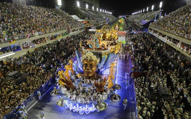 Karnavalet braziliane