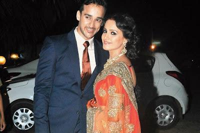 Anita-Hassanandani-And-Rohit-Reddy-reception1