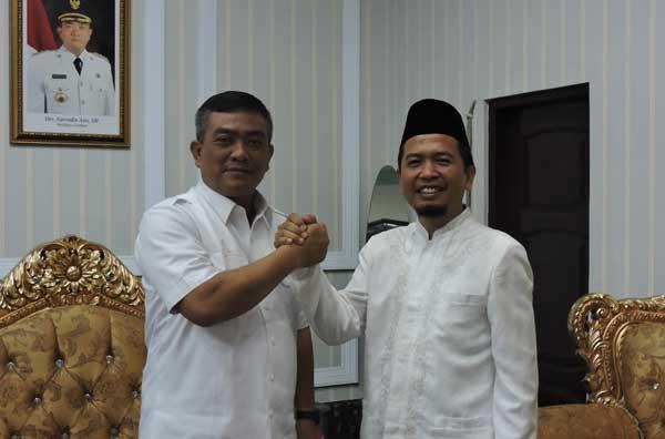 bakal calon walikota dede muharam bertemu azis