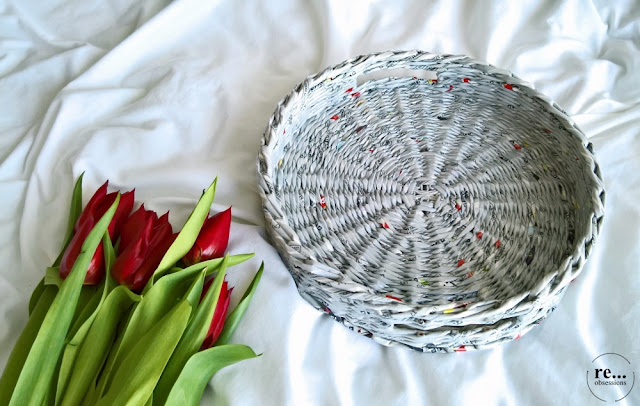 paper tray, newspaper basket, newspaper weaving, paper wicker, paper, recycle, basket, tray, taca, koszyk, papierowa wiklina