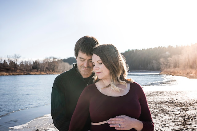 Maternity Photos with T07 Photography