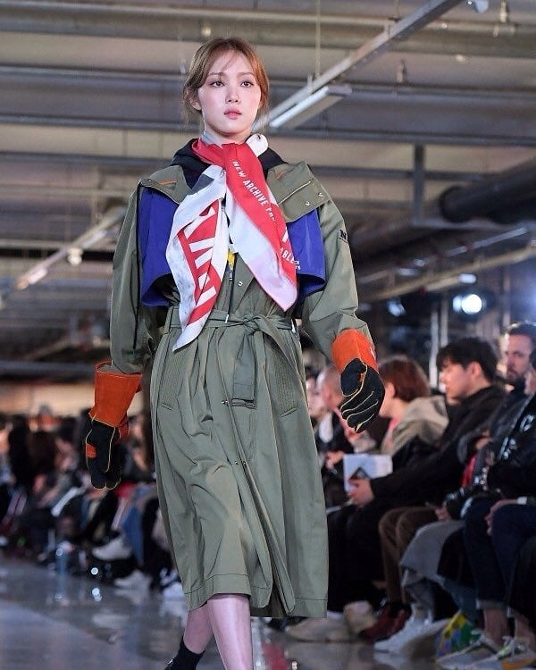 [192303] Lee Sungkyung at F/W Seoul Fashion Week 'Beyond Closet
