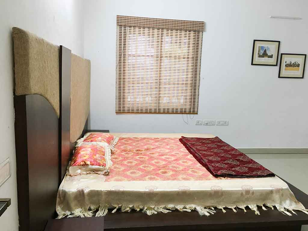 private villas for daily rent in ecr