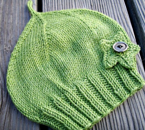 Perfectly Simple Baby Hat - Free Pattern