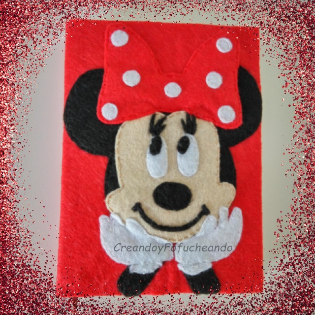 diy-minnie-mouse-en-fieltro-decora-agenda-libreta-o-cuaderno-creandoyfofucheando