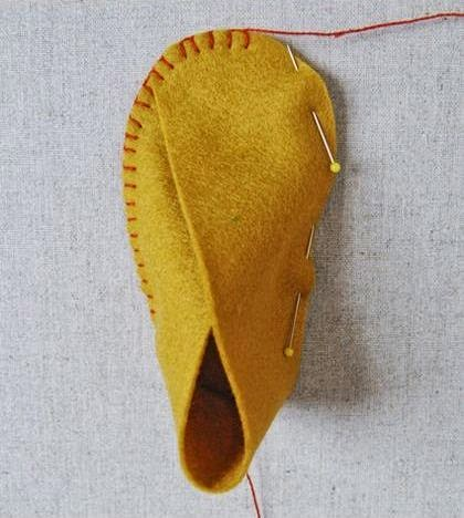 Cara Membuat Kerajinan Tangan Dari Kain Flanel | Sepatu Bayi 7