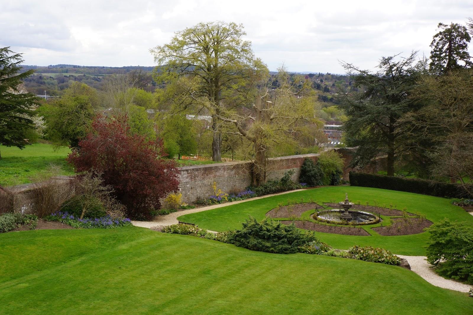 farnham castle surrey garden