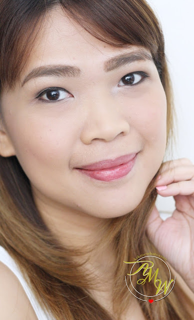 a photo of askmewhats PeriPera Moist Lip Balm Strawberry review.