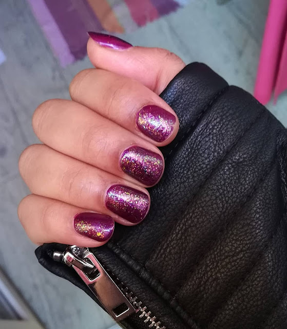 OPI Louvre me Louvre me not + GLAMPOLISH Daydreamer