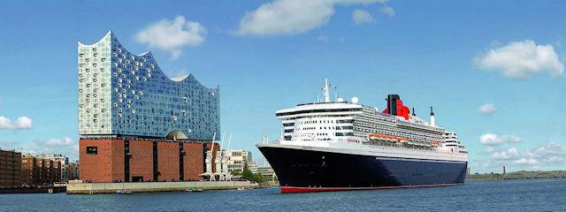 Queen Mary 2 vor der Elbphilharmonie (C) Cunard Line