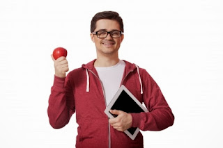 Image credit: <a href='http://www.123rf.com/photo_18183650_young-man-with-red-apple.html'>massonforstock / 123RF Stock Photo</a>