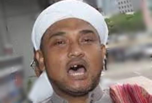 Anggap Puisi Neno Dahsyat, Habib Novel Sebut Pemrotesnya Sesat