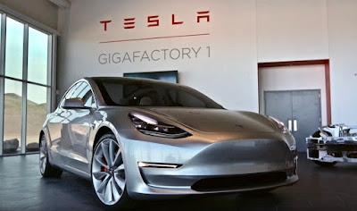 Pros i contres de comprar el model més barat de Tesla, el Model 3