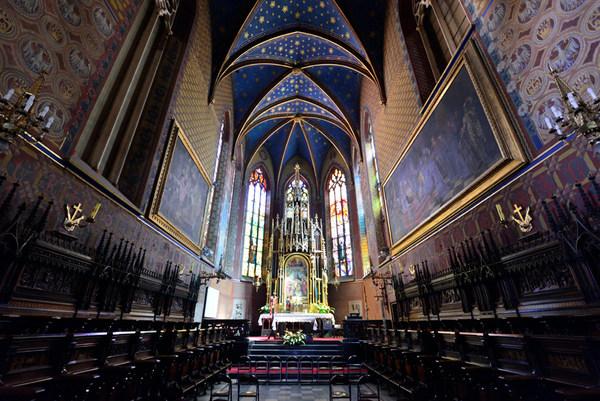Basílica de San Francisco de Asís (Cracovia, Polonia)