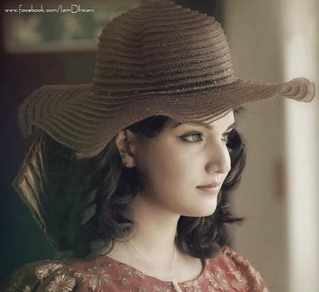 Top 30 Amazing Honey Rose Actress Hot Photos Wallpapers