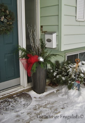 A DIY outdoor Christmas urn