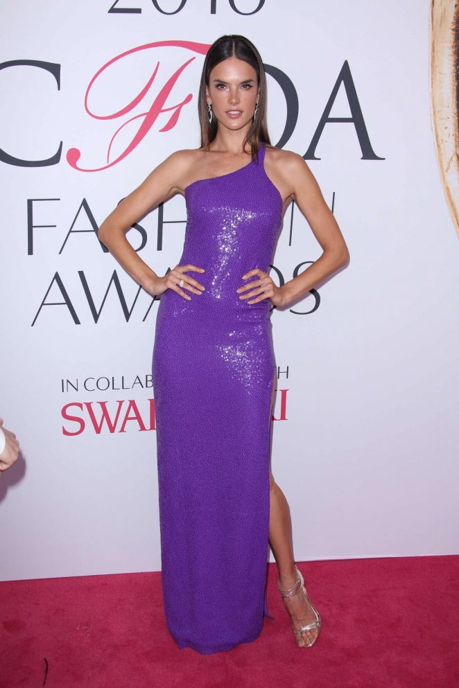 Alessandra Ambrosio – 2016 CFDA Fashion Awards in New York