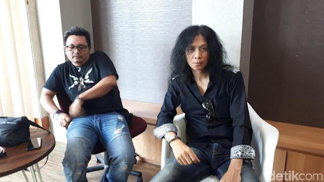 Keterlaluan Namanya Diseret-seret Untuk Anti Jokowi! John Paul Ivan Laporkan Penyebar Hoax Dirinya Pencipta Lagu #2019GantiPresiden...