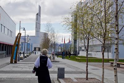Północny Punkt Widzenia: Niech się święci 17. maja. Tradycyjne stroje norweskie- bunad