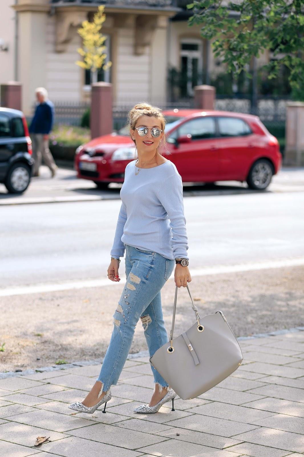 Blogger-dior-donnenbrille-zara-Jeans-mit-Perlen