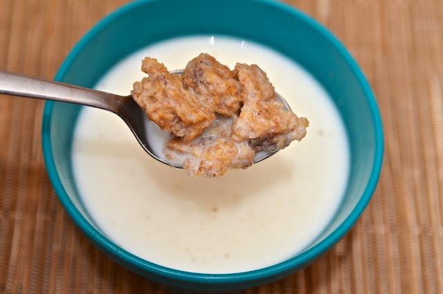 Weetabix - Weetabix Minis Choco - Céréales - Cereals - Breakfast - Chocolat - Chocolate - Petit-Déjeuner - Weetabix Ltd - Breakfast Cereals - Weetabix Minis - Food