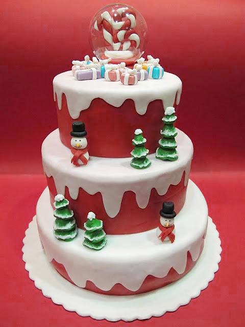 Unusual Christmas Cakes