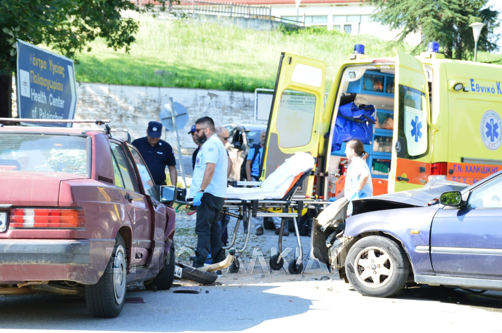 Τροχαίο ατύχημα στο Παλαιοχώρι Χαλκιδικής (ΦΩΤΟ)