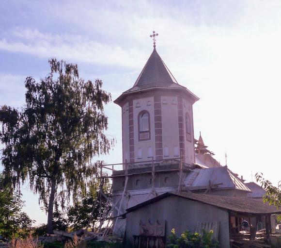Лунка. Церква Преподобної Параскеви. Реставрація