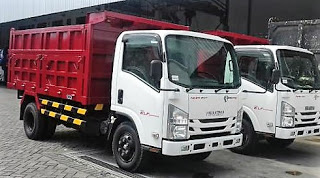 Isuzu nmr 71 hd Dump