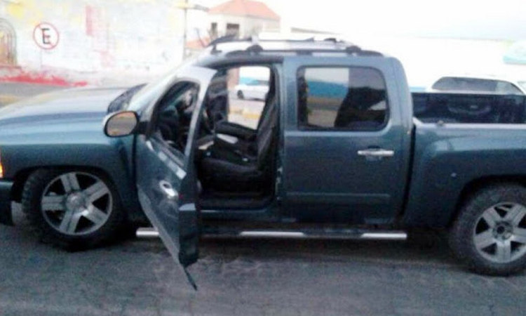 Localizan tres hombres ejecutados a balazos por comando armado en Apaseo el Alto, Guanajuato