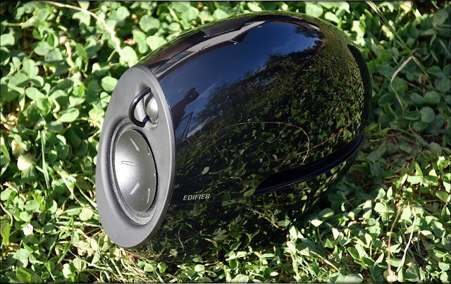 Liquid Sound - Edifier E25 Luna Speaker Review