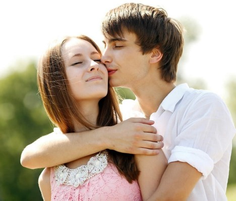 how to make girl to fall in love with you