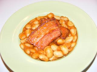 Retete iahnie de fasole cu afumatura, reteta mancare de fasole boabe, retete de mancare, mancaruri cu carne, porc, gastronomie, bucatarie,