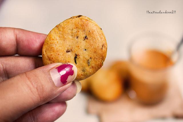 how to make Zeera Cookies recipe / Eggless Cumin Cookies recipe / Jeera Cookies recipe